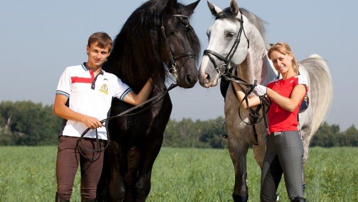 Прогулка на лошадях с любимой девушкой