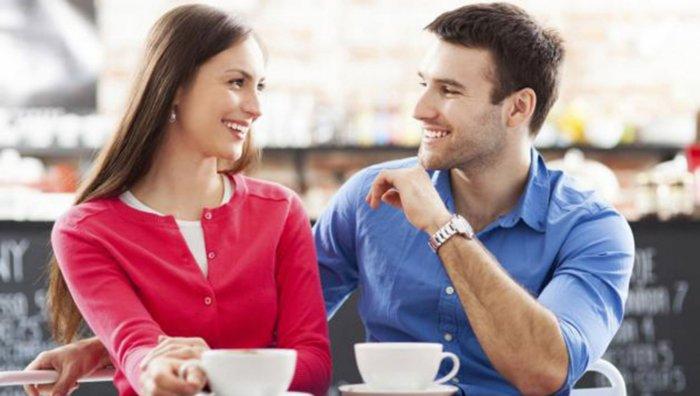 Как общаться с девушкой, чтобы она влюбилась