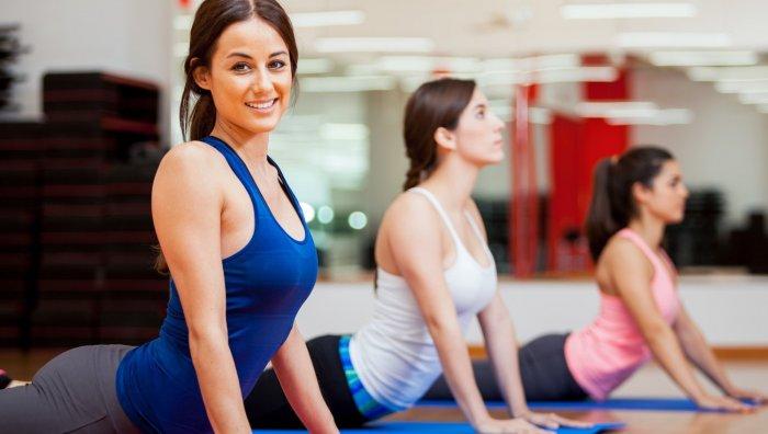 Абонемент на йогу или танцы в подарок для девушки